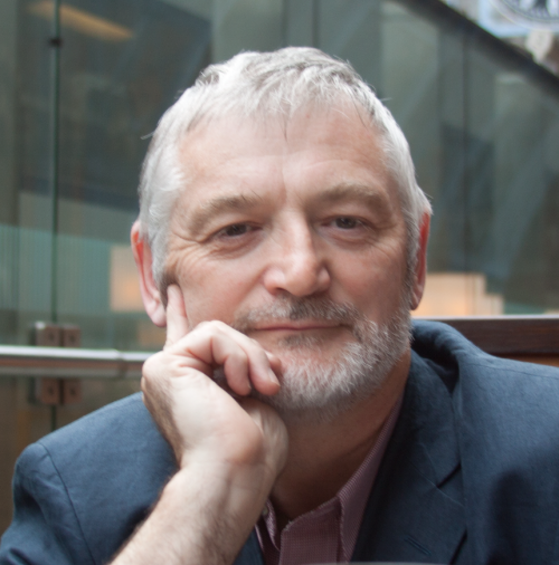 Dr Chris Maguire